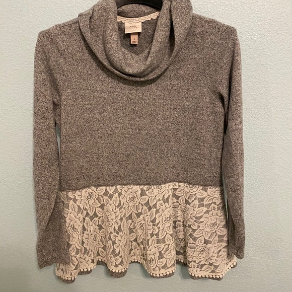 Grey Knox Rose Sweater with scarf and lace